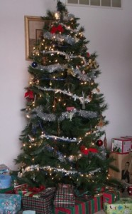 Old-fashioned Christmas Holiday tree